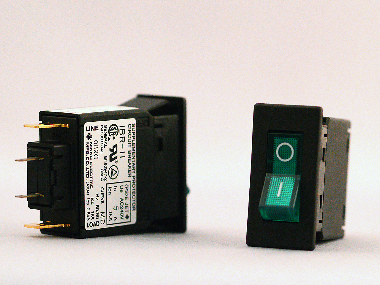 IBR-1L 照光式ロッカータイプ